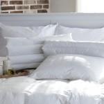 枕が黄ばんで汚れて見える時の対策と予防法